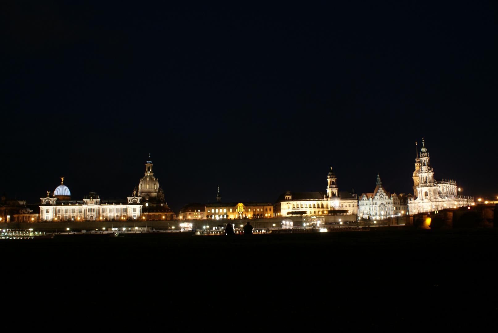 Dresden - Am Ufer der Elbe