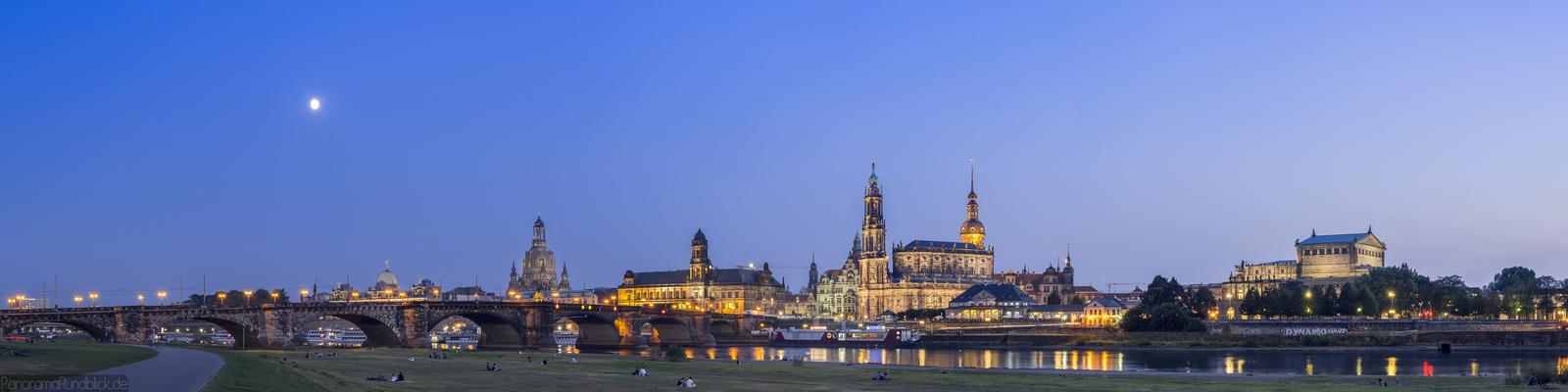 Dresden Canaletto Blick vom Elbufer