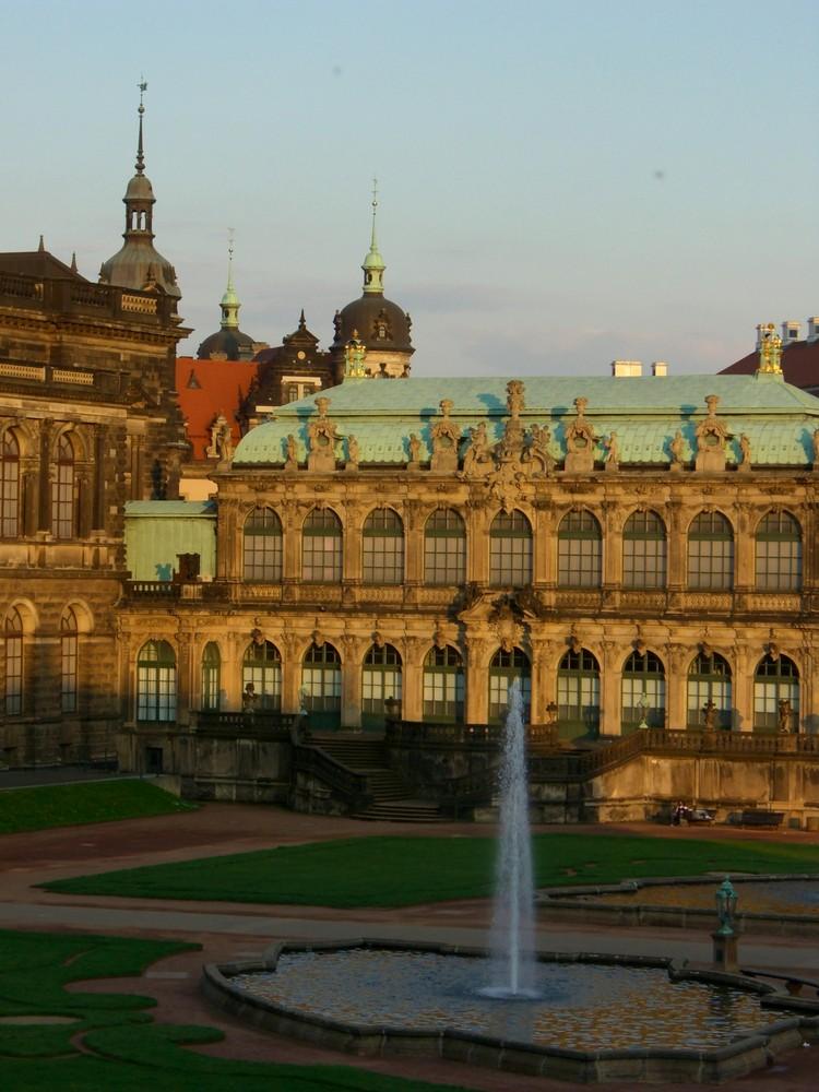 Dresden - der Zwinger in der Abendsonne