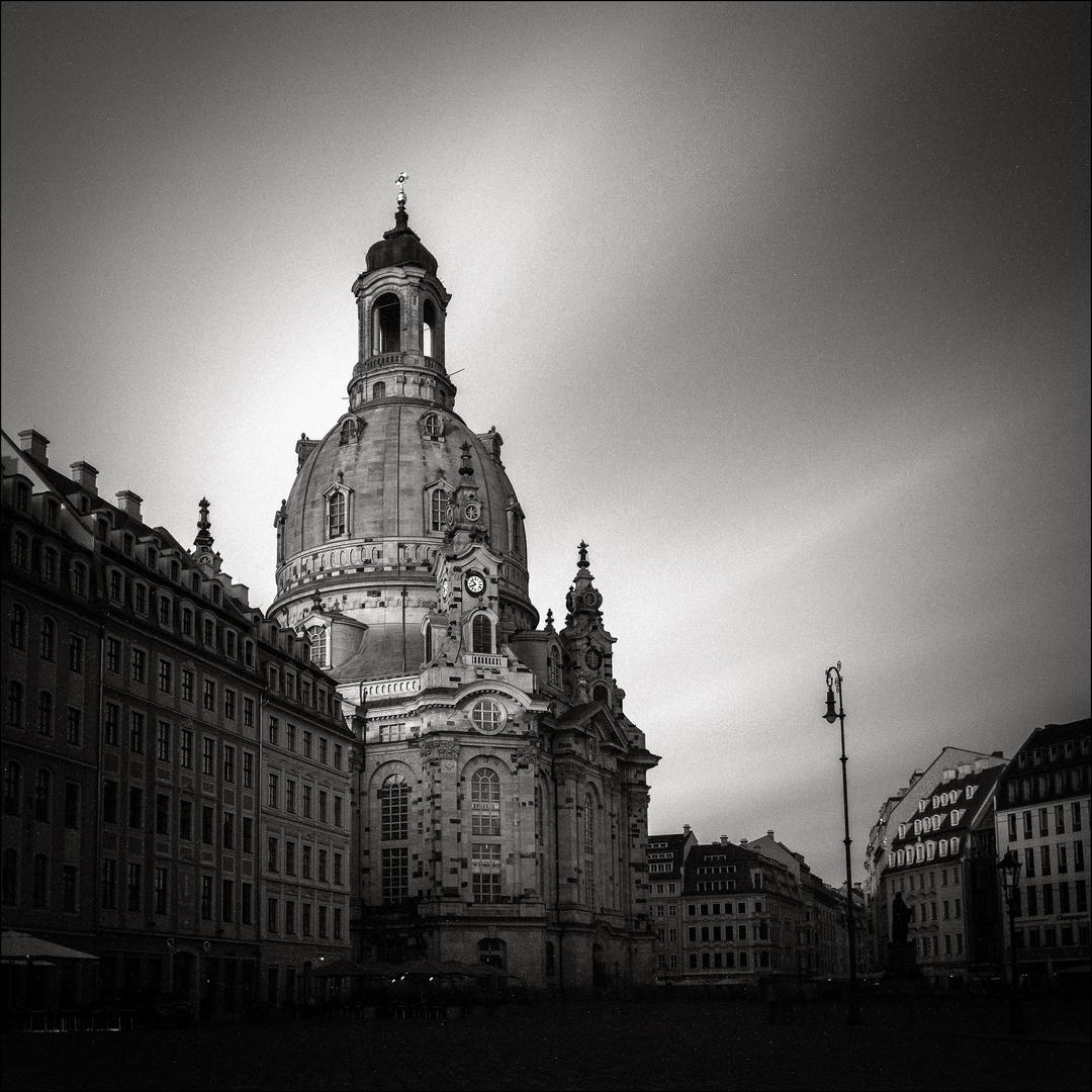 Dresden - Frauenkirche an einem Augustabend
