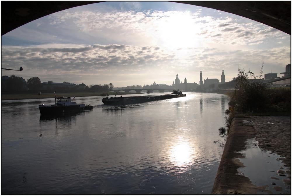 Dresden im Gegenlicht