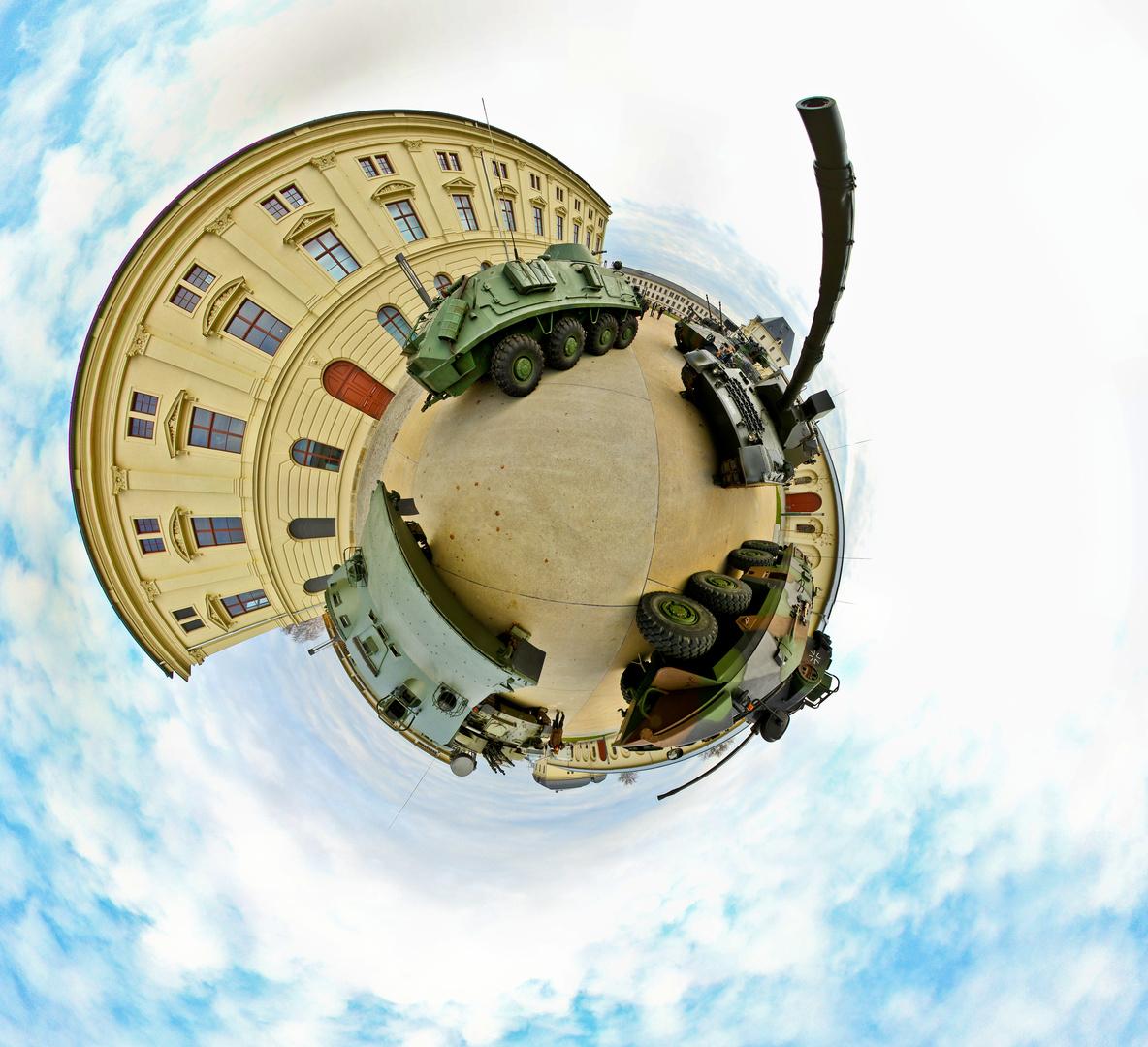 Dresden Militärhistorisches Museum Planet