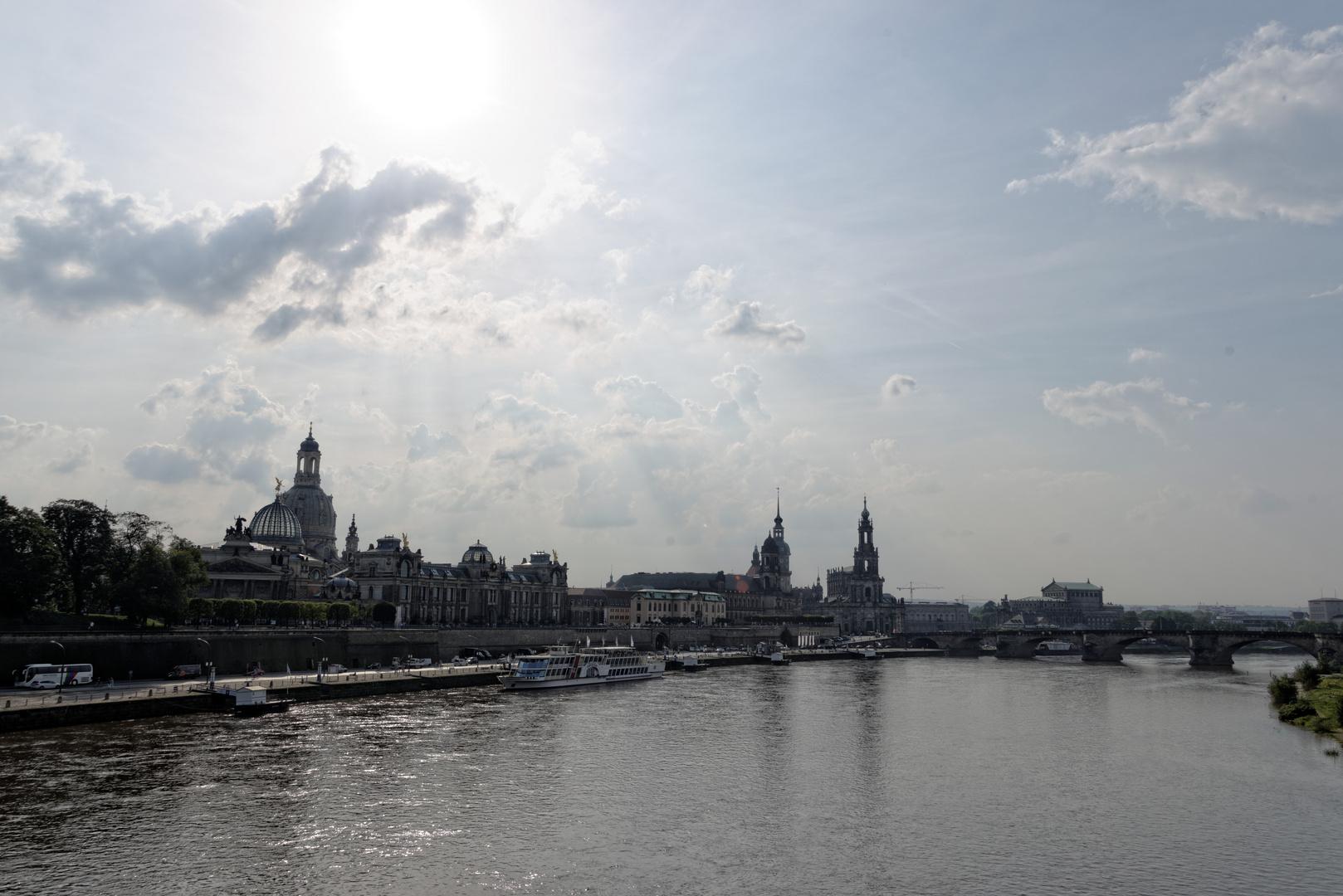 Dresden mit Elbe, Altstadt und Augustusbrücke