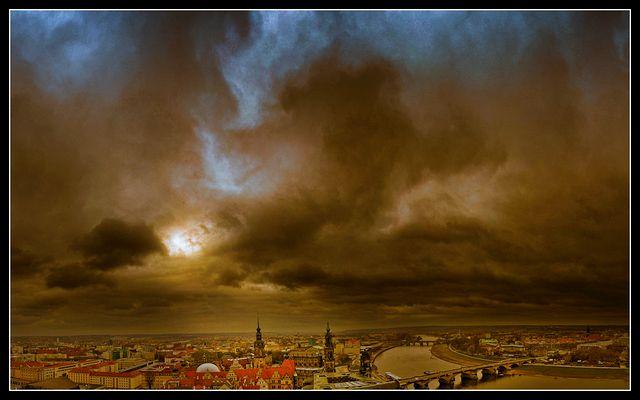Dresden vor schwerem Wetter