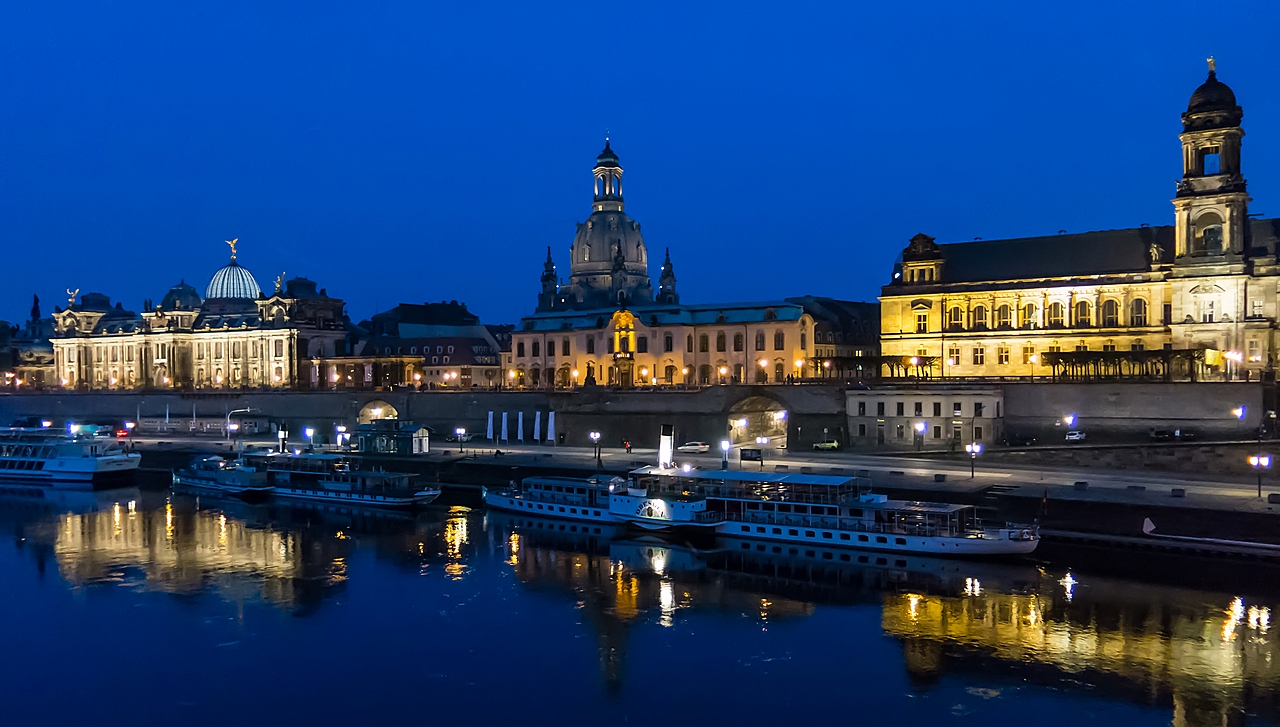 Dresden zur blauen Stunde...