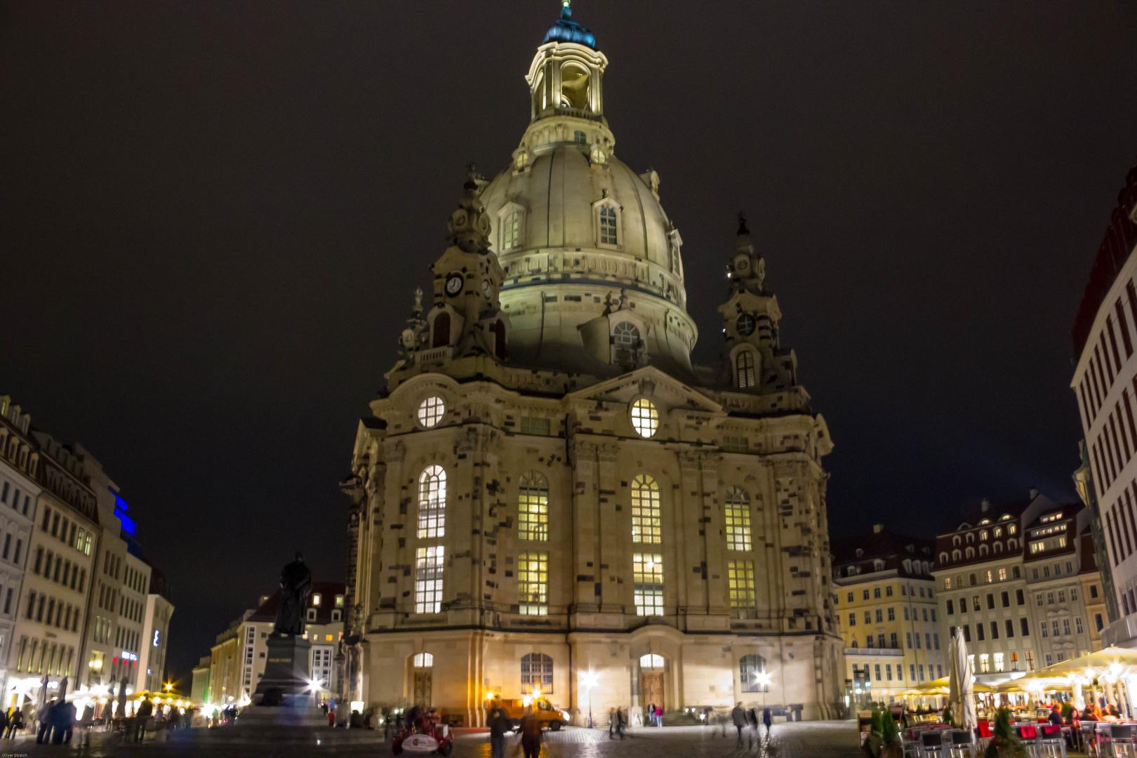 Dresdener Frauenkirche in der Nacht