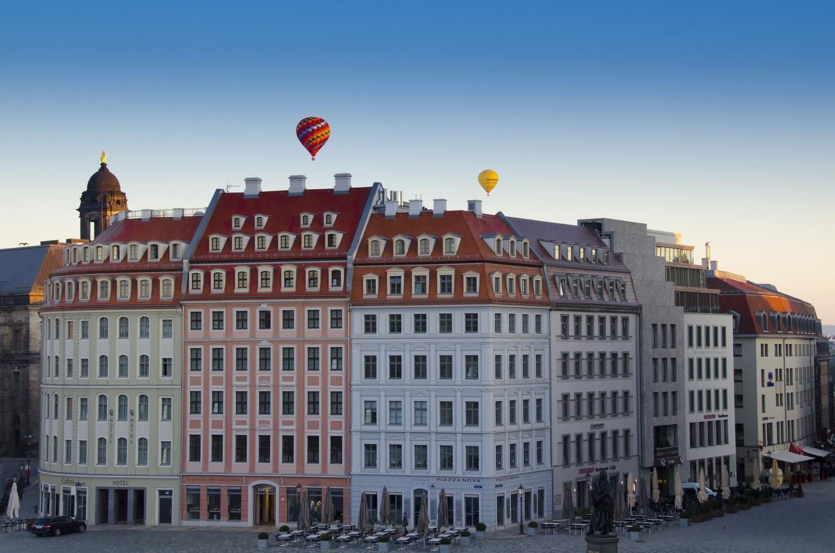 Dresdner Neumarkt ohne Touris...