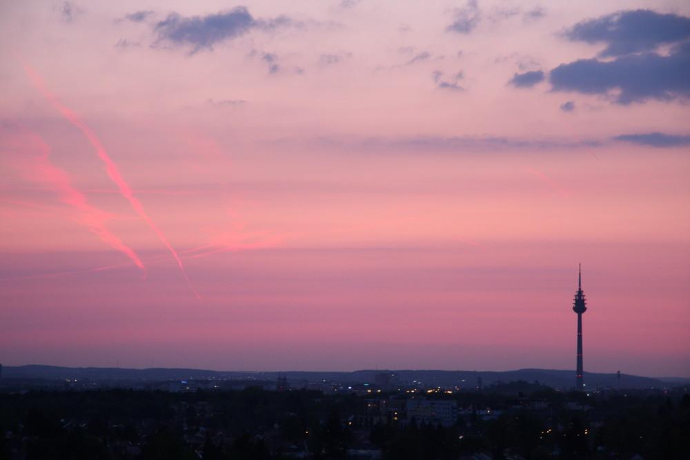 Drittgrößter Turm Deutschlands am Abend