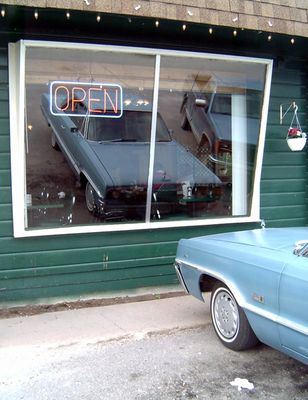 drive-in@thetravelermotelandrestaurant vermilion bay on. ca.