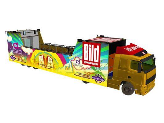 Dsights.com auf der Loveparade ( Float Design )