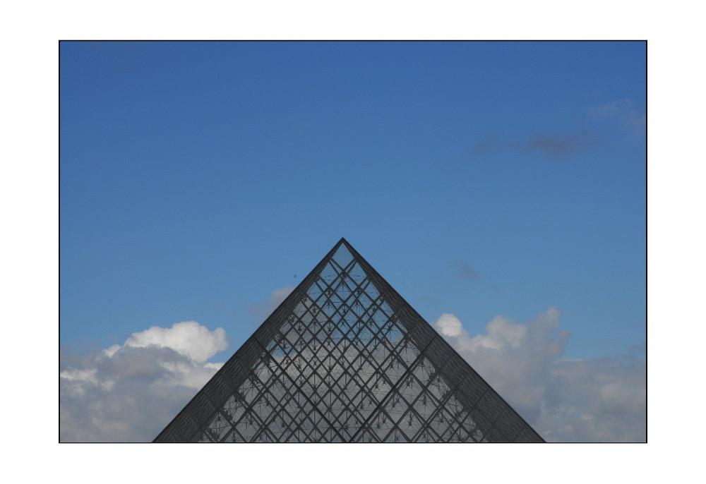 Du haut de cette Pyramide...