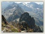 Du Pic de Hourgade 2964m, vue sur le Pic des Spijeoles 3065m, Luchonnais,Hte Garonne,Pyrénées.
