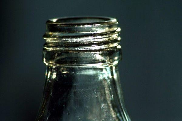 du rostige alte Flasche du