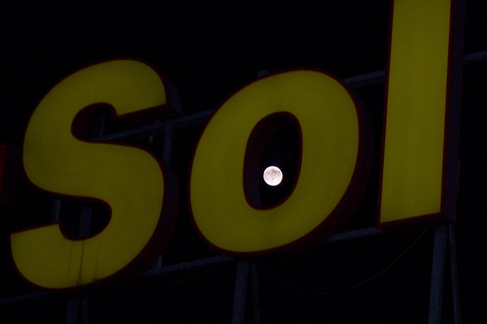 Du sol à la lune