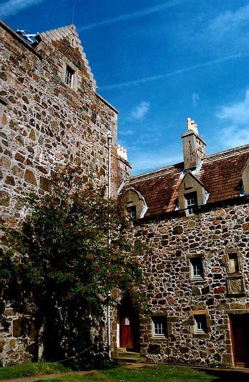 Duart Castle (1)