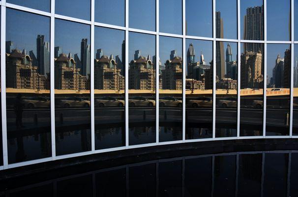 Dubai 2015 Spiegelung