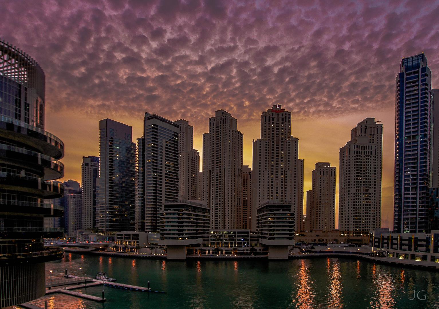 ... Dubai Marina...
