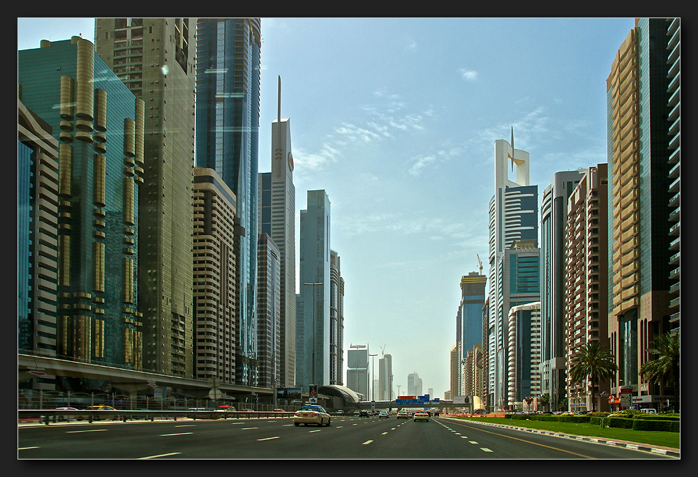 Dubai - Sheikh Zayed Road