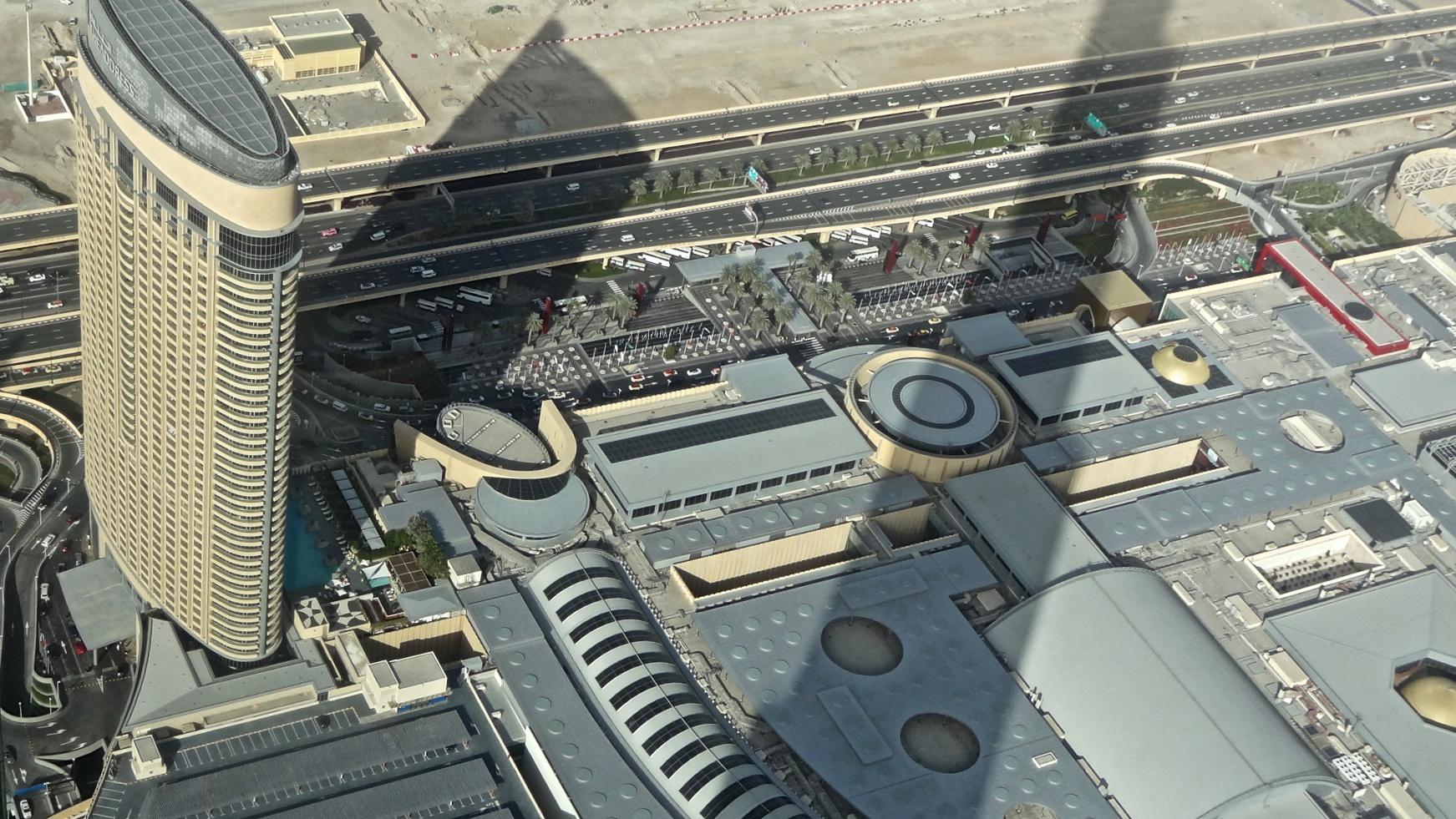 Dubai,Burj Khalifa: Blick vom 124 Stock.