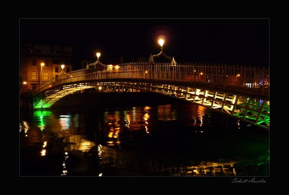 Dublin - Ha' Penny Bridge