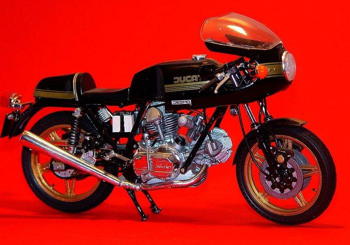 Ducati 900 SS Taglioni's Meisterwerk ... und ein Traum zum Fahren