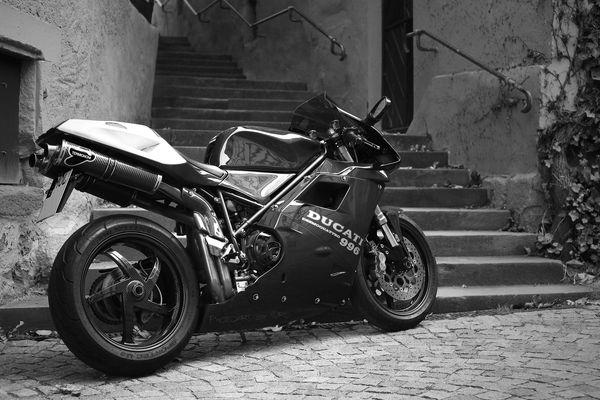 Ducati 996s