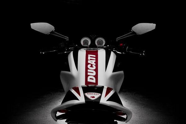 Ducati S2R800