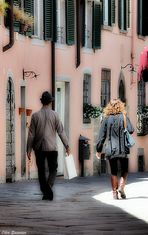 ...due passi per i vicoli di Lucca...