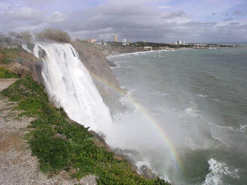 Düden-Wasserfall im Sturm