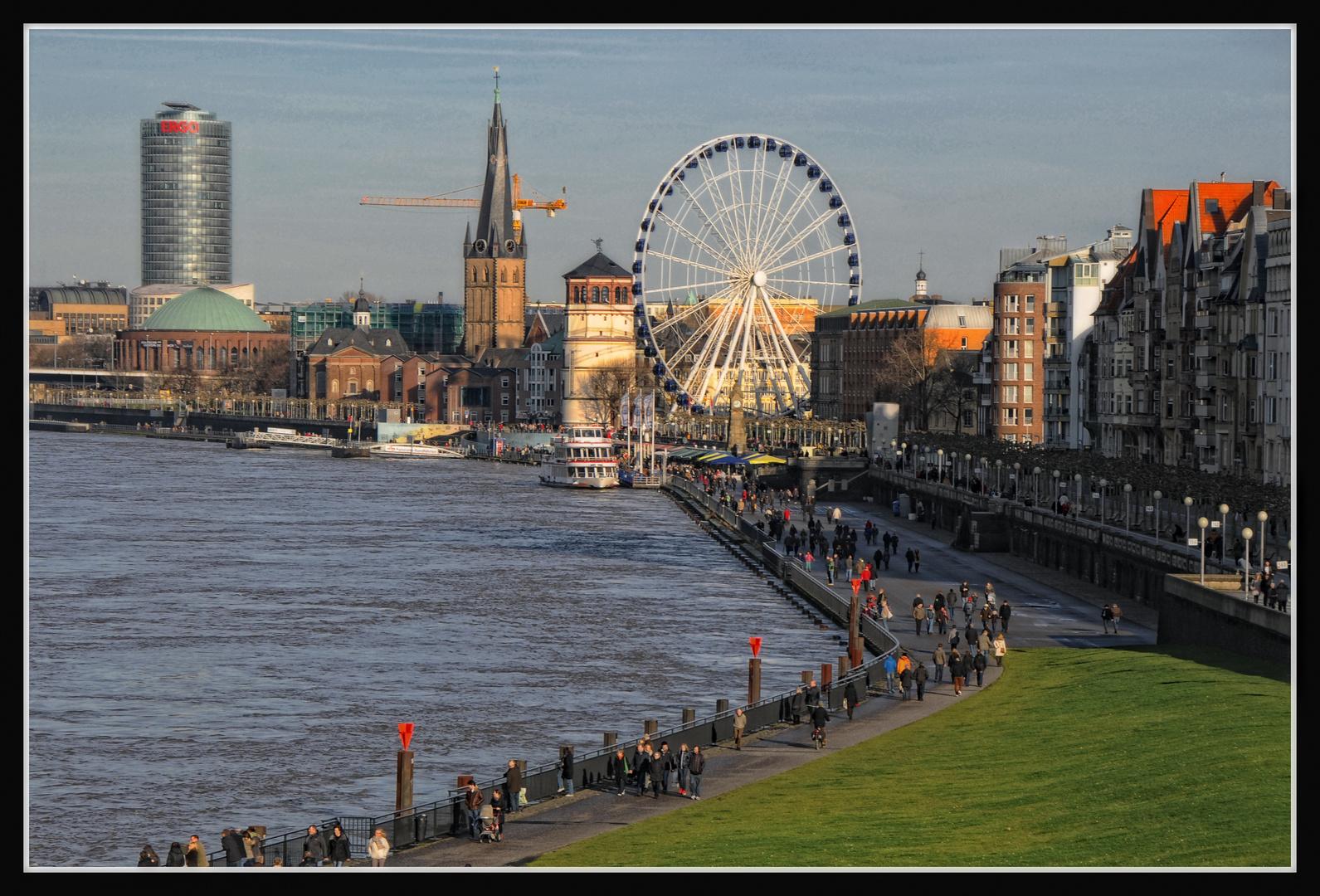 Düsseldorf - Am Rheinufer