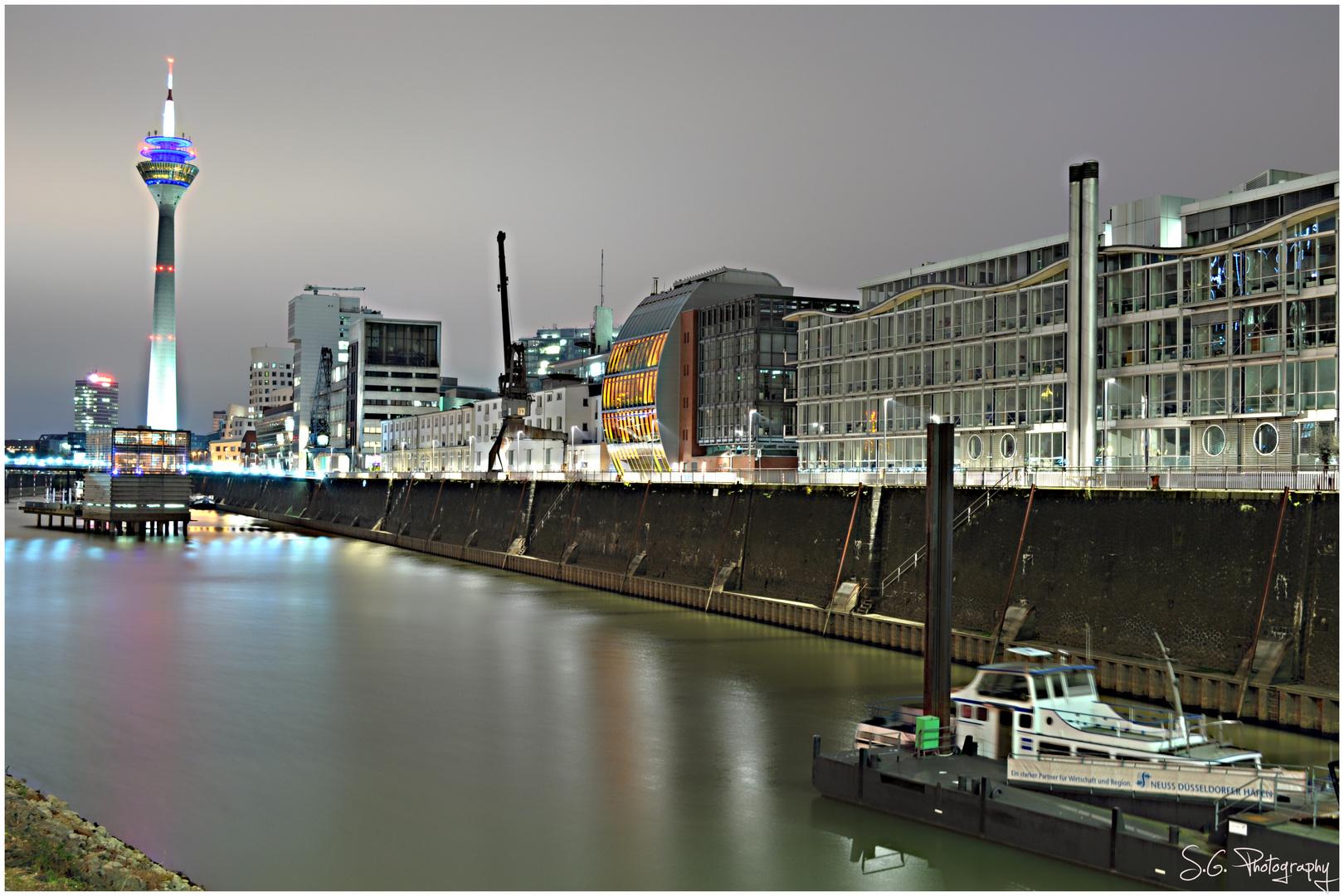 Düsseldorf bei Nacht 157