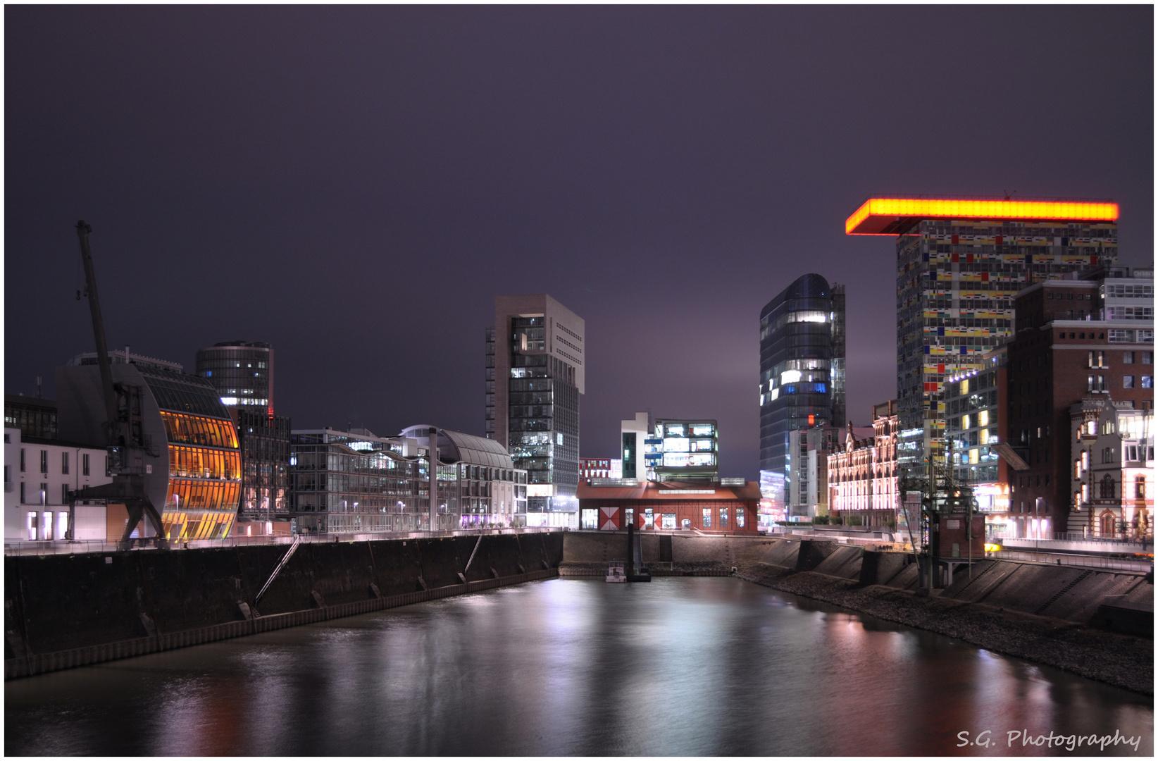 Düsseldorf bei Nacht 158