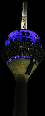 Düsseldorf bei Nacht (Fernmeldeturm)