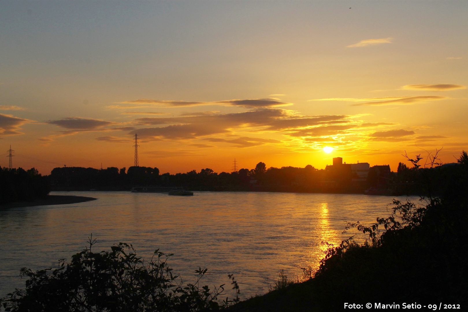 Düsseldorf-Benrath Sonnenuntergang