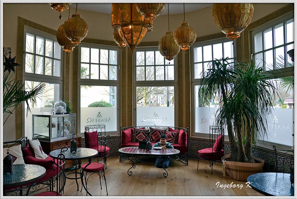 Düsseldorf - Brunch im ArabesQ - eines der gemütlichen Cafés