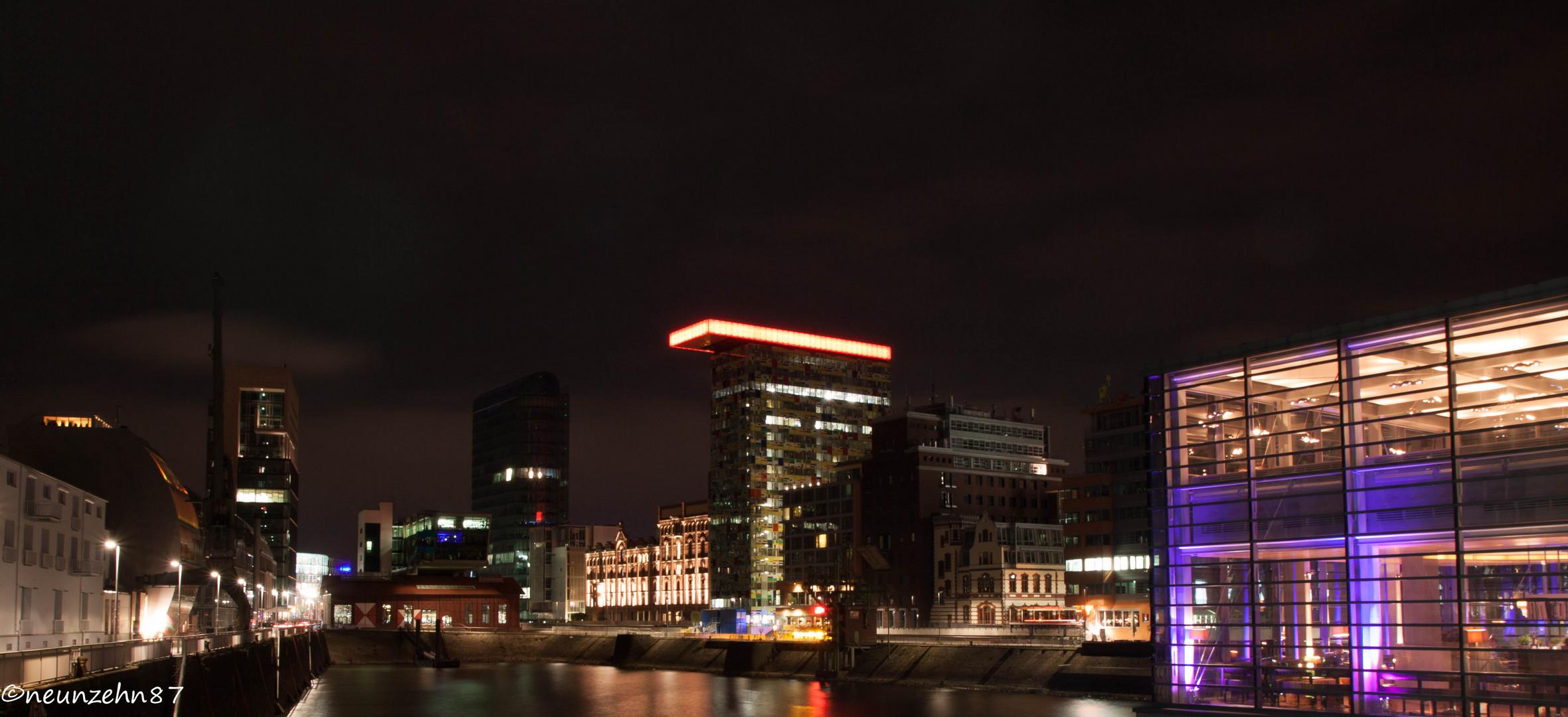 Düsseldorf Medienhafen...