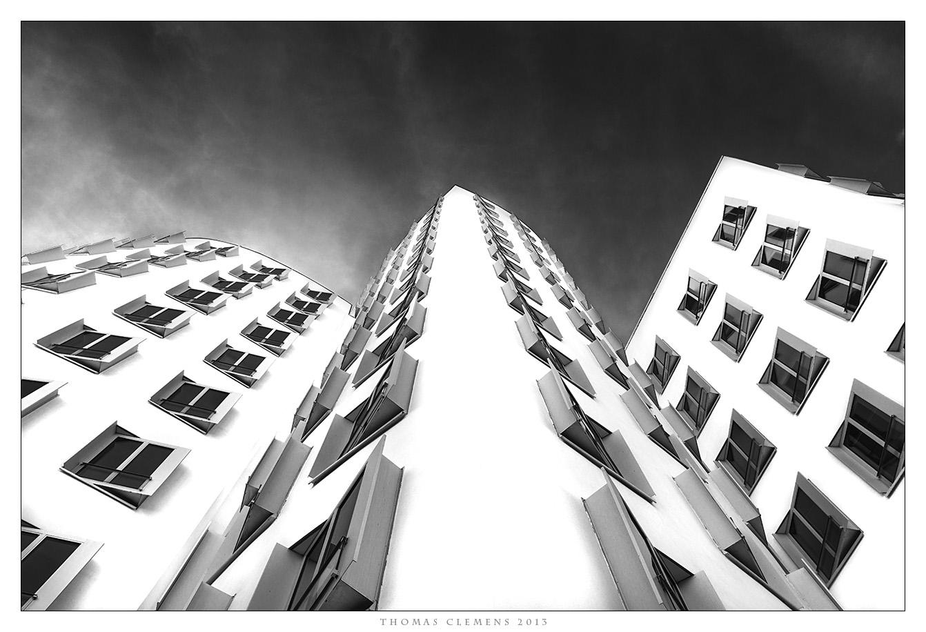 Düsseldorf - Medienhafen Gehry -1-