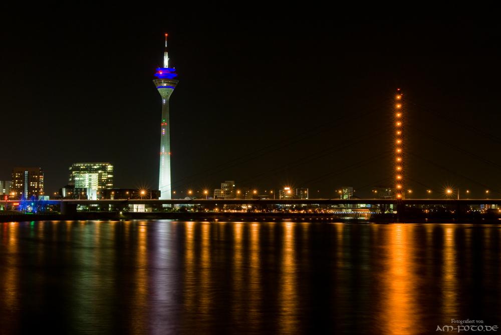 Düsseldorf @ night