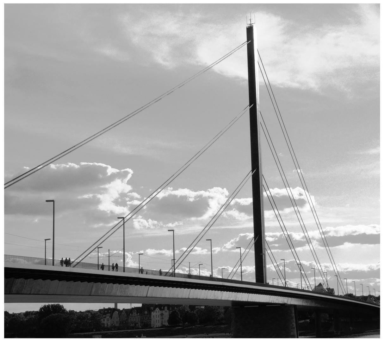 Düsseldorf - Oberkasseler Brücke