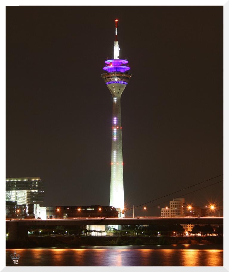 Düsseldorfer Nachtansicht (Remake)