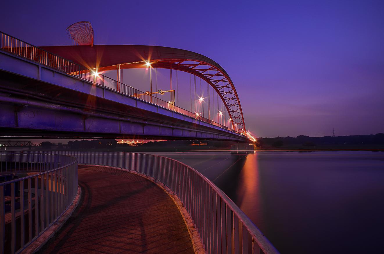 Duisburg - Brücke der Solidarität