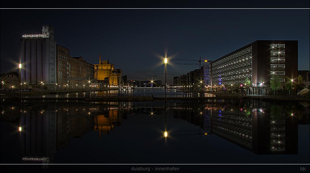 Duisburg Innenhafen ...