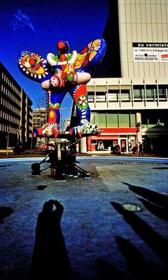 Duisburg - Livesafer von Niki de Saint Phalle -2012-