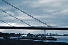 Duisburg ungeschminkt 4 reloaded - Autobahnbrücke Duisburg Baerl