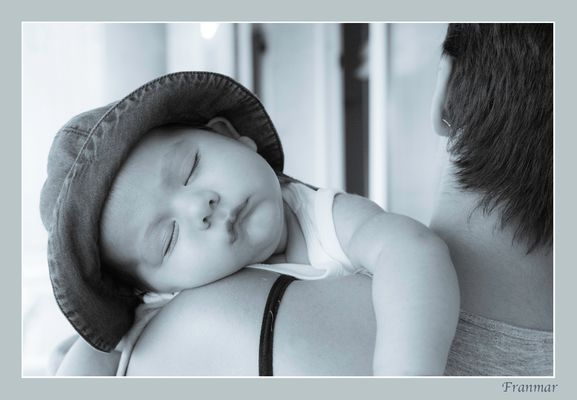 Dulces sueños (de mi nieto LEO)