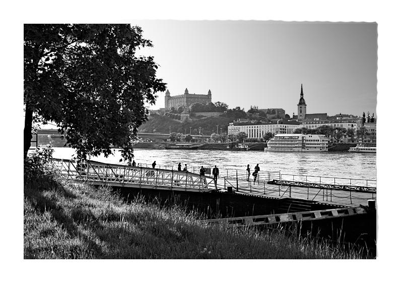 Dunaj, Bratislava