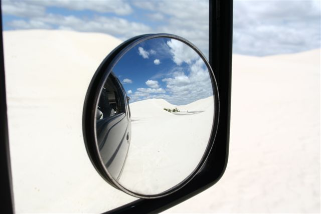Dunes blanches et jeux de miroirs / White sand dunes and mirrors game