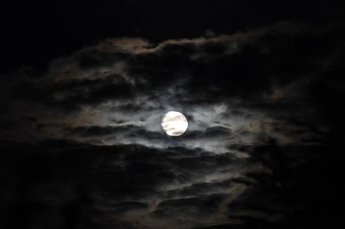 Dunkel wars der Mond schien helle...