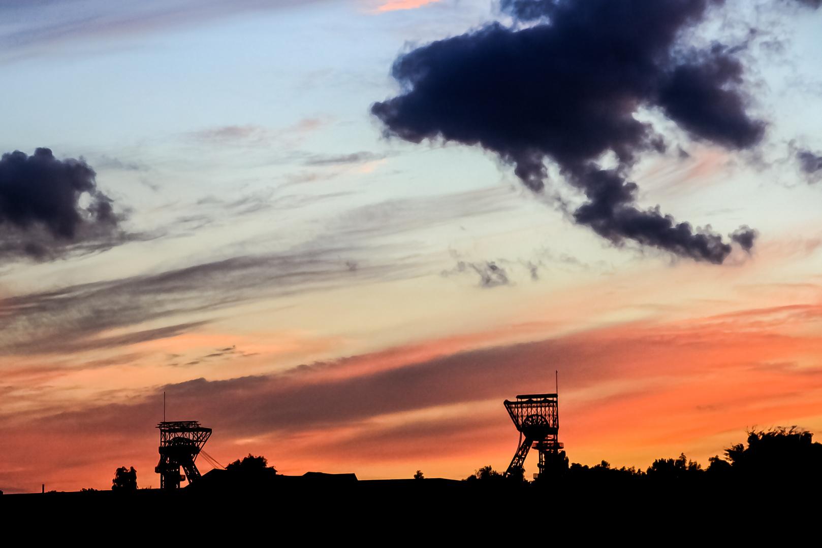 Dunkle Wolken über dem Ruhrpott