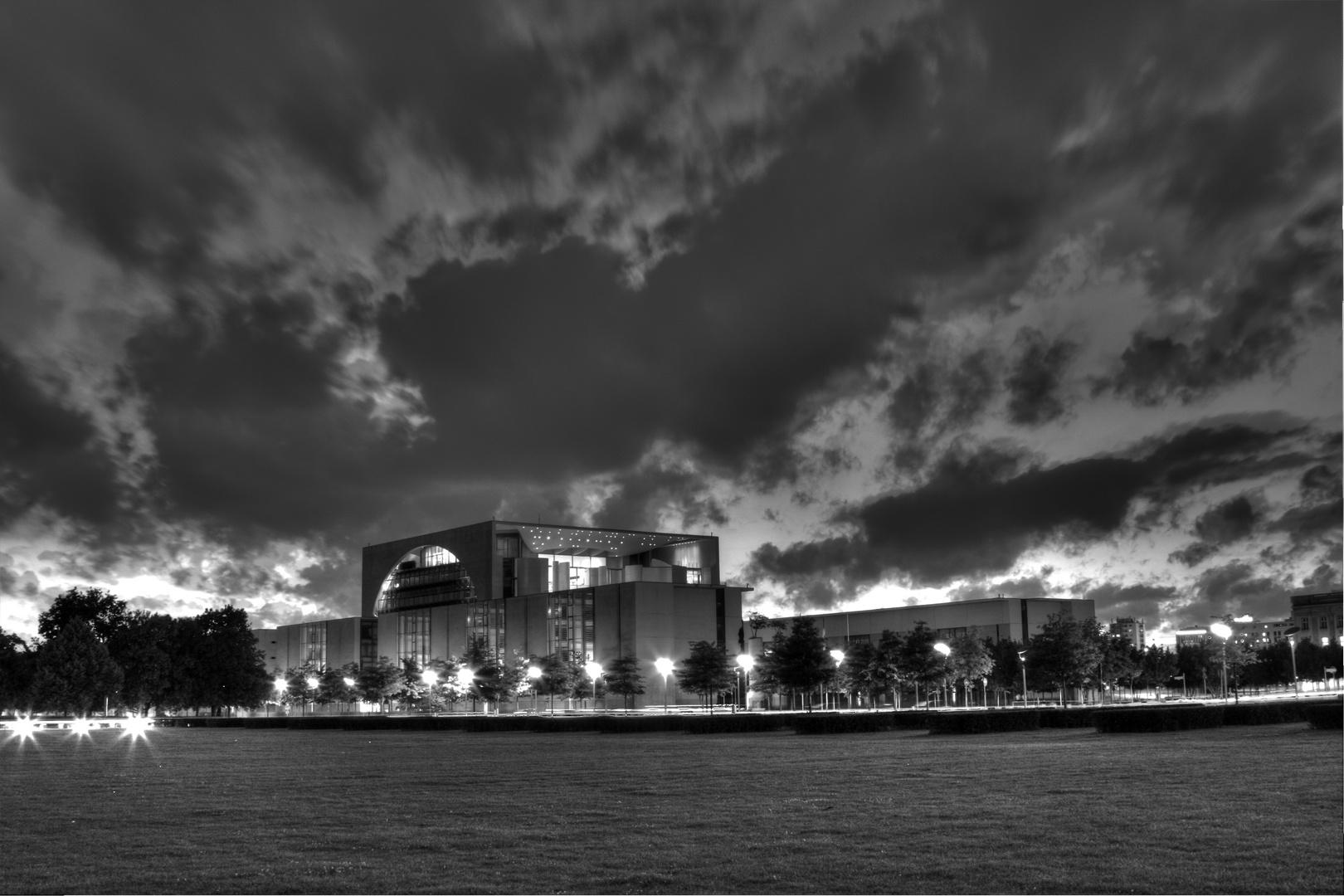 Dunkle Wolken über dem Zentrum der Macht